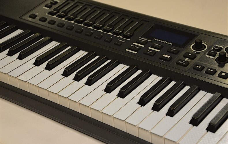 TouchKeys – Novation Impulse